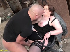 chub, Fucking, Hot MILF, Hot Mom, milfs, outdoors, Amateur Milf Perfect Body